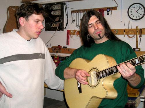 Celomasívna akustická gitara KLEMA GRAND AUDITORIUM